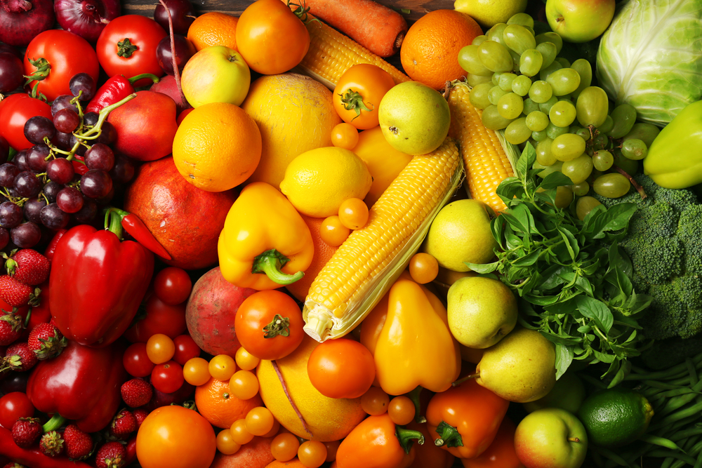 Which Fruit & Vegetables Will Help You Get A Glowing Skin